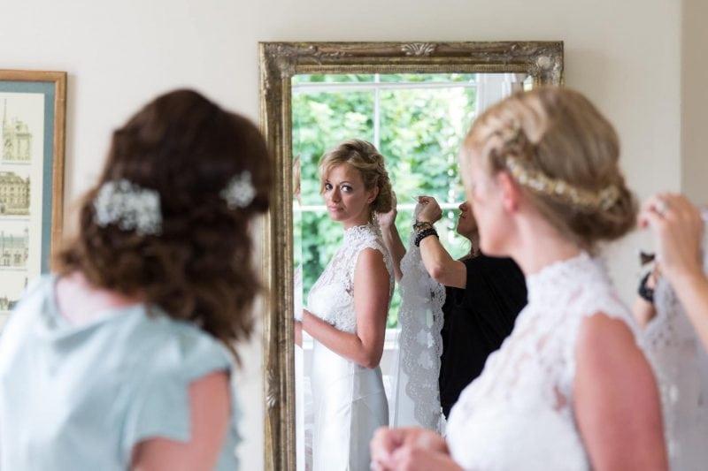 bride veil mirror