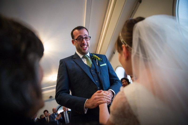 emotional wedding groom in bedeken