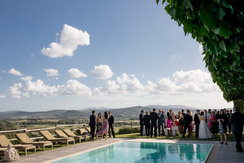 wedding reception tuscany sunshine