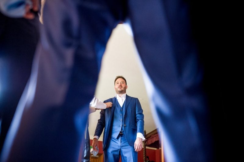 groom prep photographer