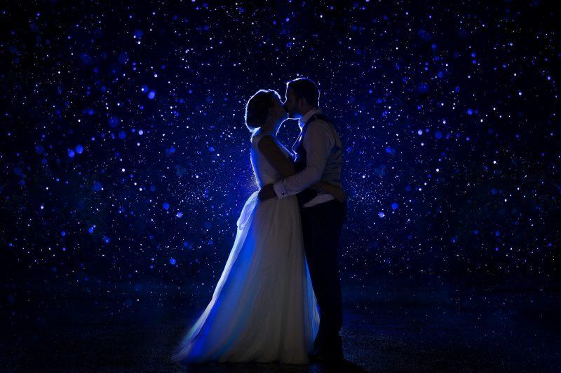 rainy nighttime wedding photos