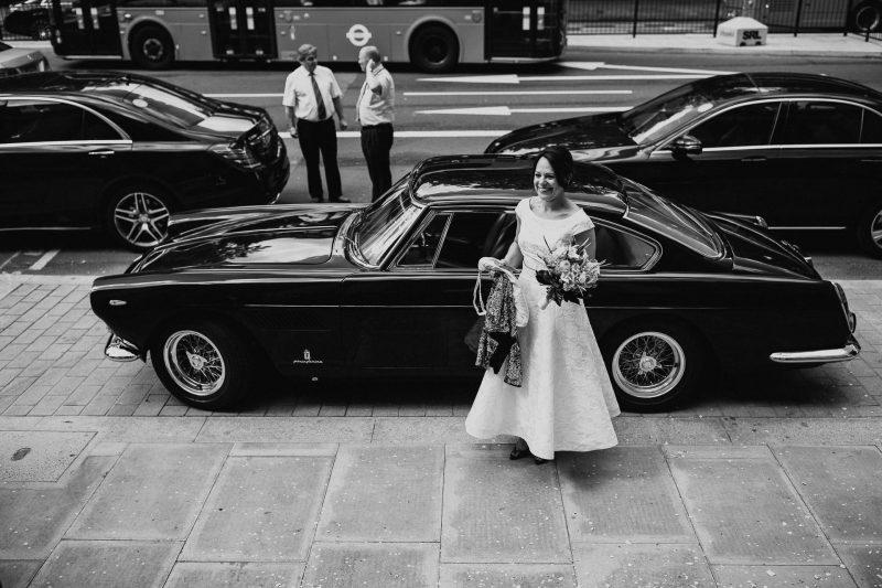 bride arrive ferrari
