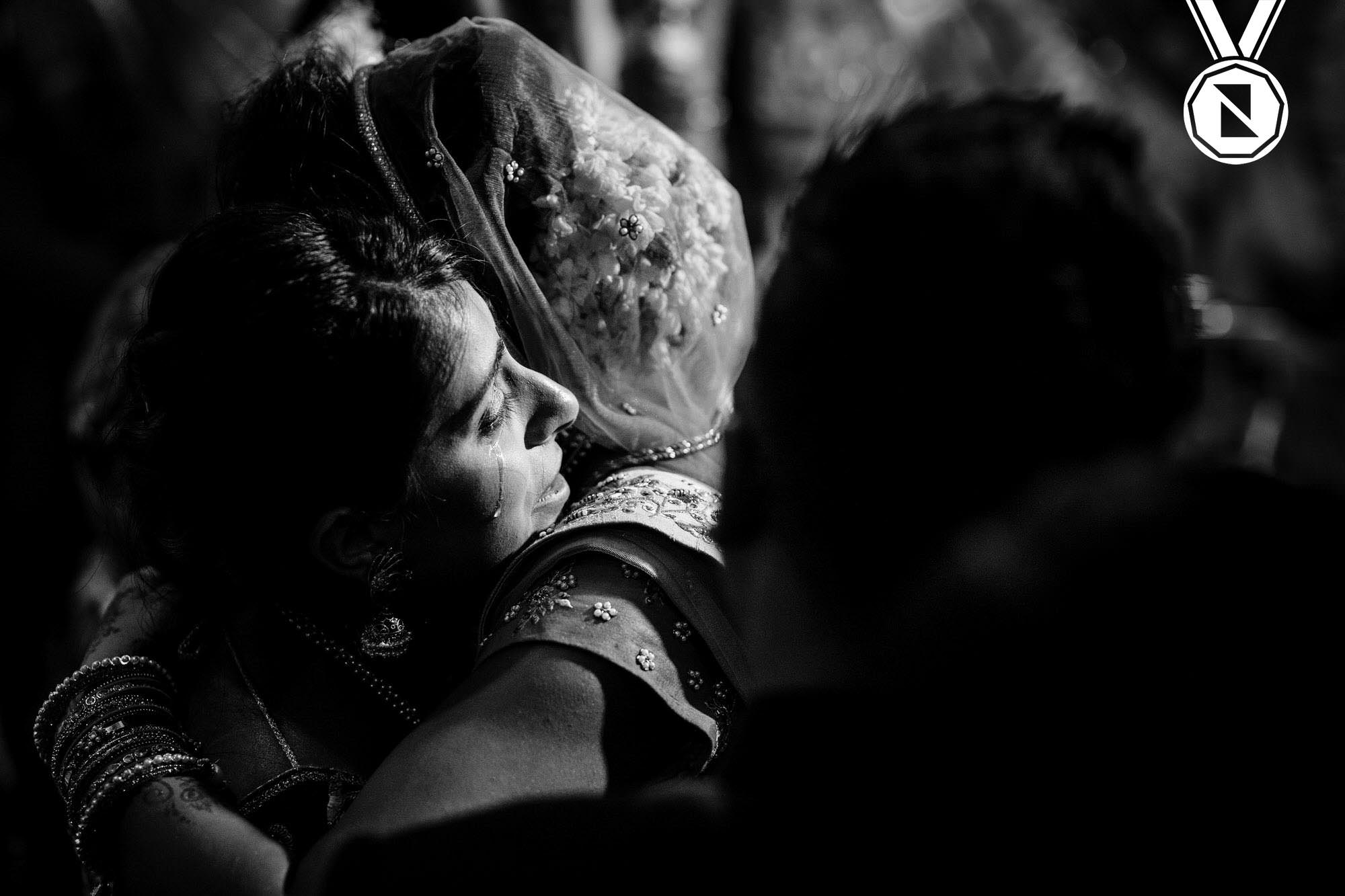 award-winning documentary wedding photographer