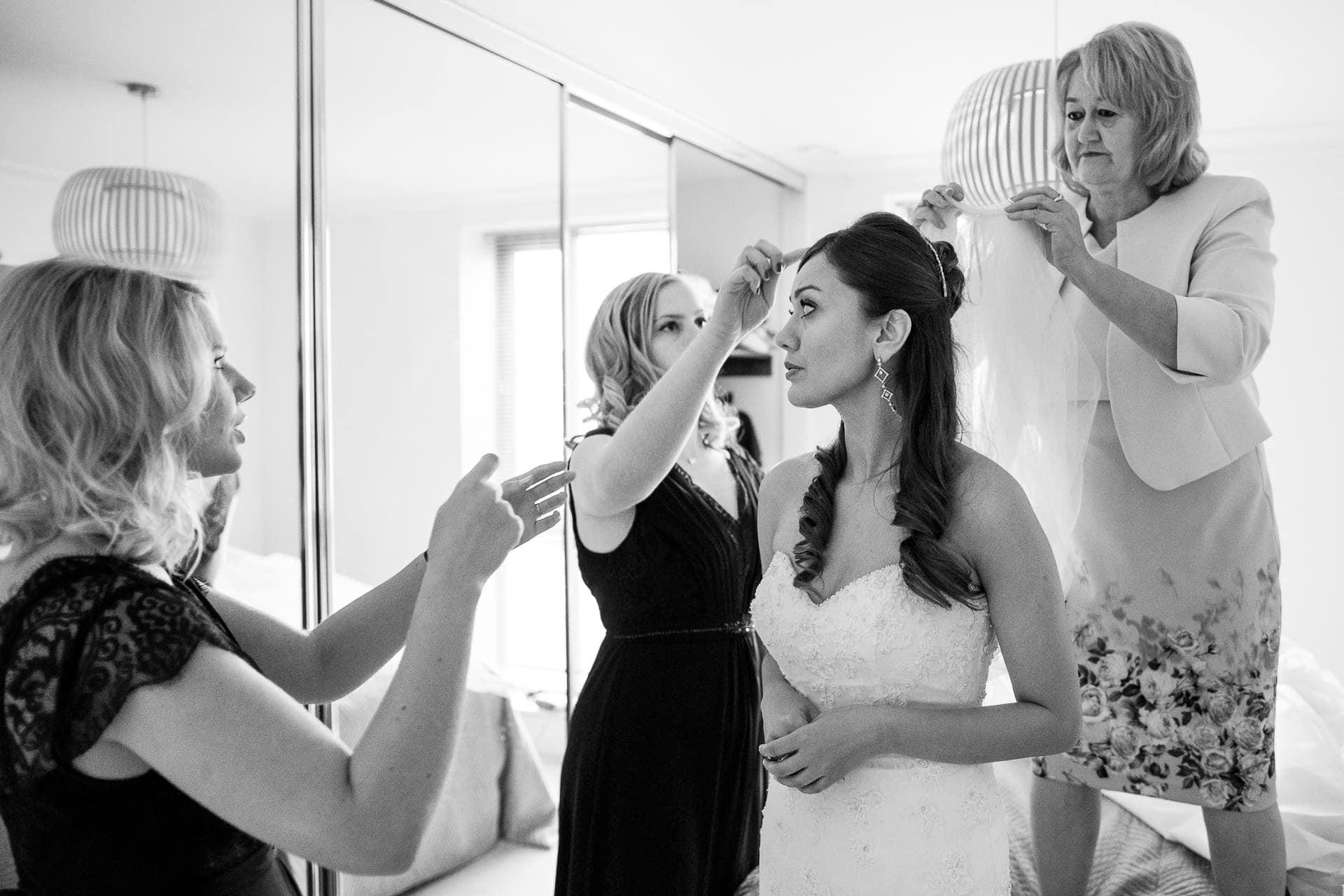 bride bridesmaids mother photographer